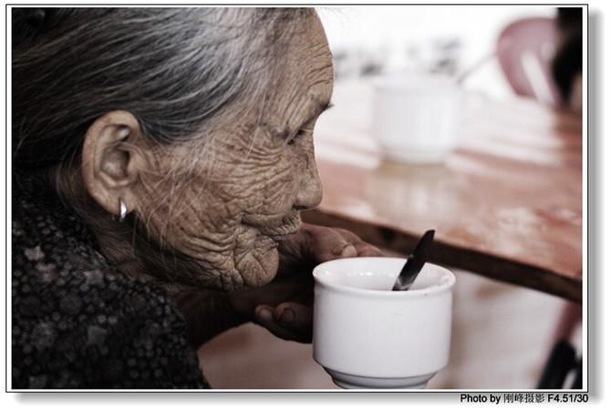 刚峰走澄迈之二:乡村茶坊的寿星们…… - 刚峰先生 - 天涯横呤