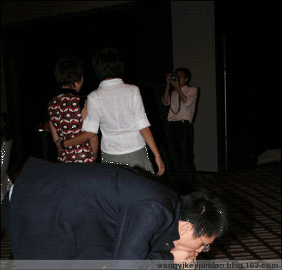 09年网站部晚宴-星光大道 - 网易科技频道 - 网易科技编辑部