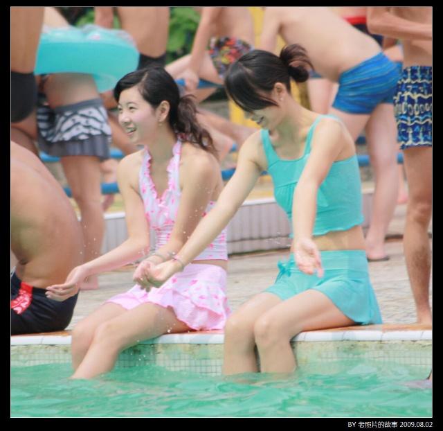 引用 实拍夏日泳池美女 风雨无阻的日志