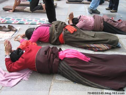 他们在祈祷什么?祈求什么? - 冰雨 - 冰雨的博客