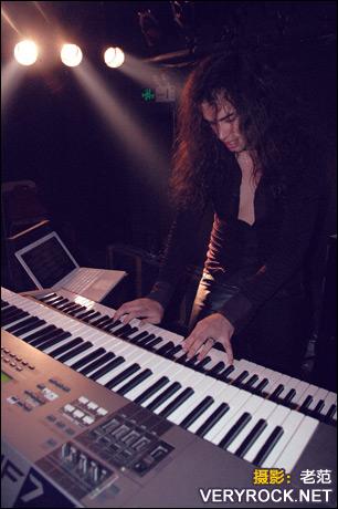 2007年10月3日 - 吉他中国七周年 Vision Divine(浩然圣翼)现场 - 老范 - 老范的博客