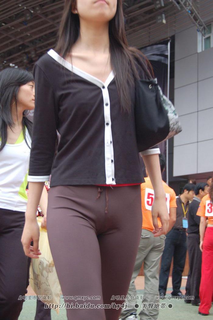 1.18日: 超级紧身薄裤MM轮廓毕现!!!! - mbmbm - mbmbm的博客