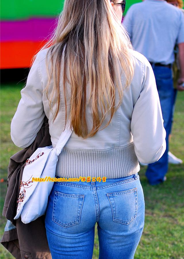 ... 图片大全: 紧身翘臀美女视频 好看的牛仔裤视频