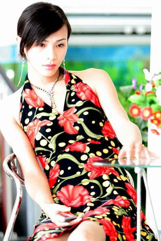 全球12大著名变性美人(1) - 寒烟的博客 -