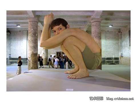 惊世骇俗的巨人雕塑 - 张羽魔法书 - 张羽魔法书