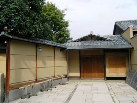 京都御苑和家族制度 - 老虎闻玫瑰 - 老虎闻玫瑰的博客