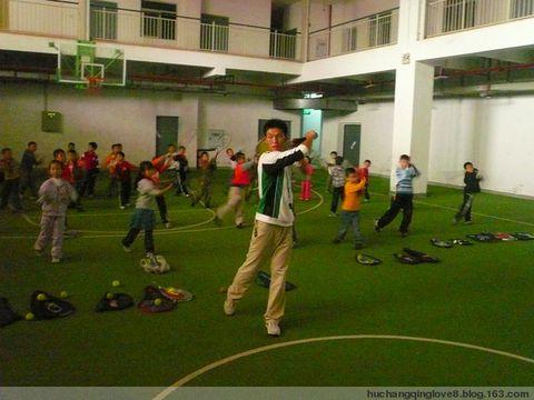 网球课中的孩子们 - 快乐网球 - 胡长青 重庆快乐网球的博客