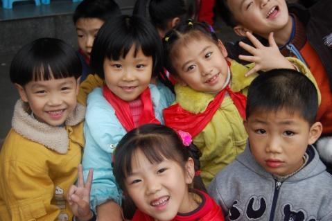 重庆人民小学一六班的孩子们 - 快乐网球 - 胡长青 重庆快乐网球的博客