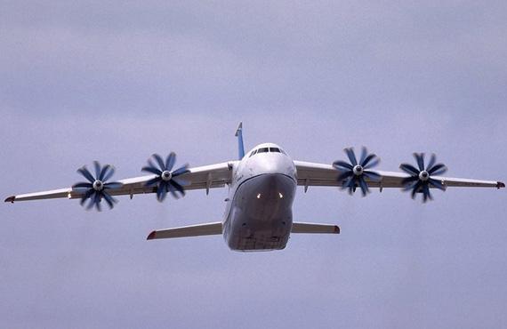 乌克兰4月份恢复安-70军用运输机试验(组图)