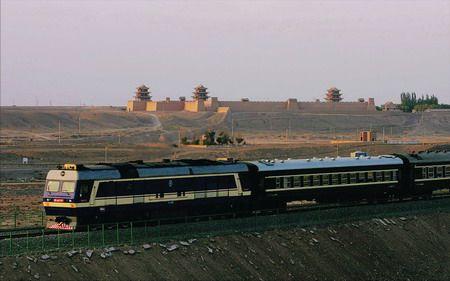 待到山花烂漫时之一:西去列车的窗口(铁道兵kg7659) - 铁道兵kg7659 - 铁道兵kg7659