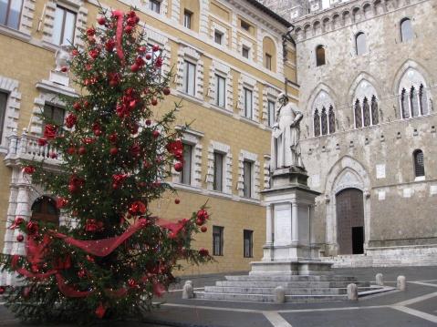 (经济危机下)意大利的圣诞节 - 旷野玫瑰 - 旷野玫瑰