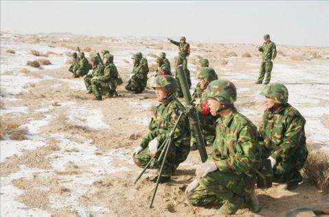 军人图片----解放军驻新疆精锐反恐部队 - 披着军装的野狼 - 披着军装的野狼