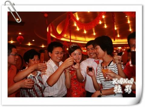 【婚礼剪影】 美酒祝新人 - xixi - 老孟(xixi)旅游摄影博客