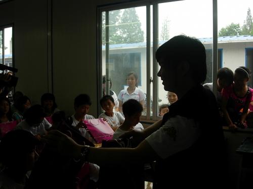 让四川的孩子给我们上课 - 水木年华 - 水木年华的博客