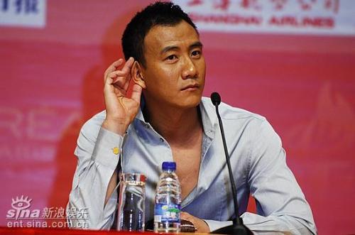 CCTV6 中国电影报道 胡军舌战媒体 拒谈 赤壁