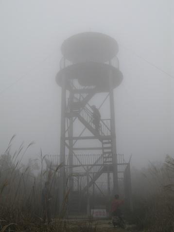 雾锁大盘山 - 江村一老头 - 江村一老头的茅草屋