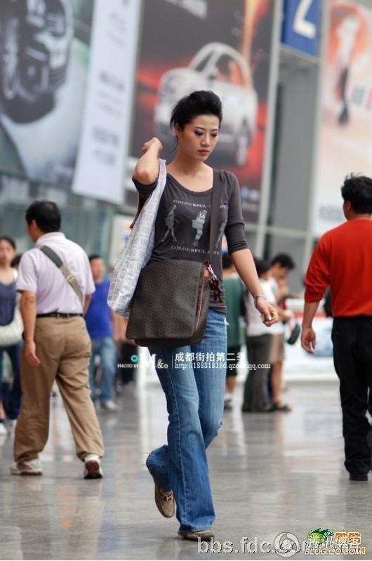走,到成都街头看美女去 - 男子汉HAN - 许汉佳--网易博客