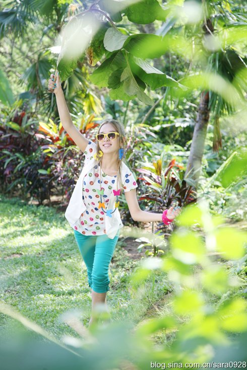 SARA巴厘岛演绎初夏最时髦混搭装扮 - 韩国媚眼天使sara - 韩国媚眼天使sara   博客