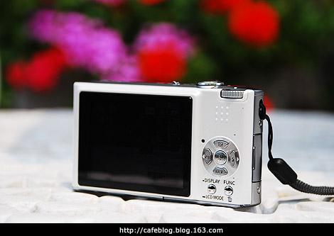 终于搞了个便携的卡片机,试拍了些样片 - cafe - 许宁的博客 cafe blog