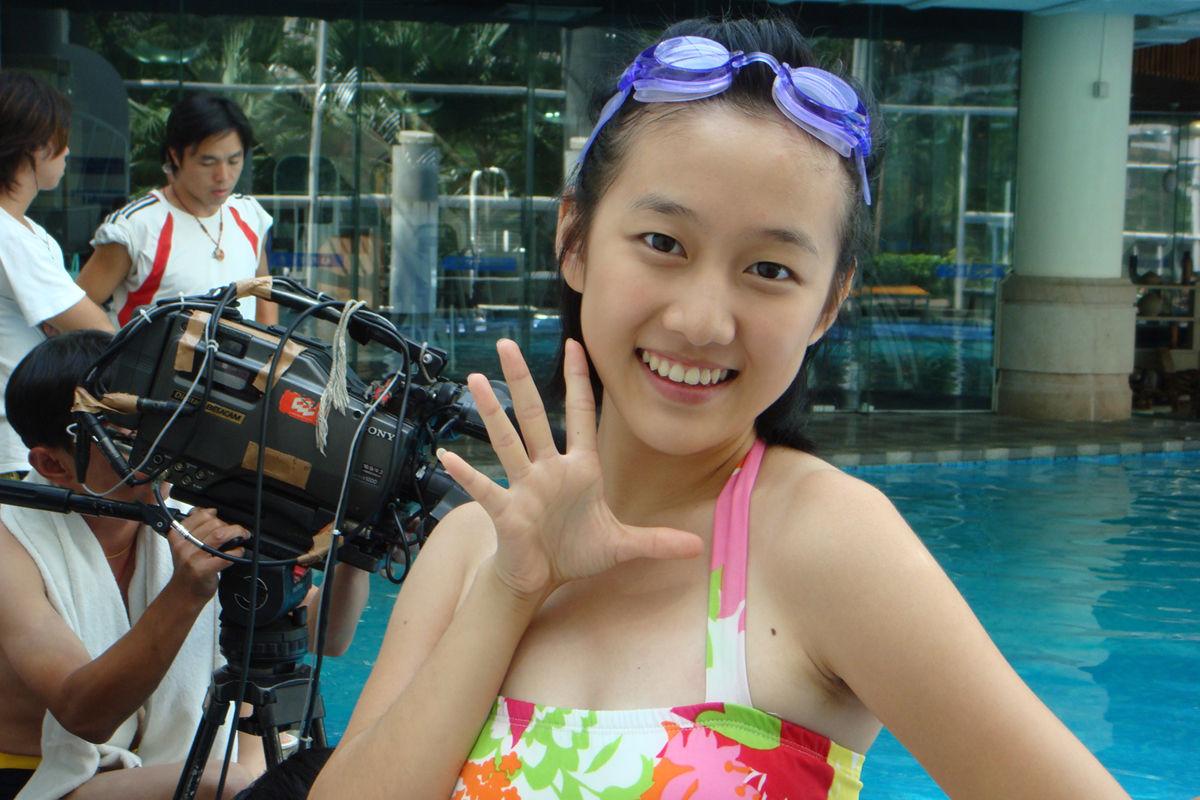 可爱公主刘美含 2009快乐女生(图文)