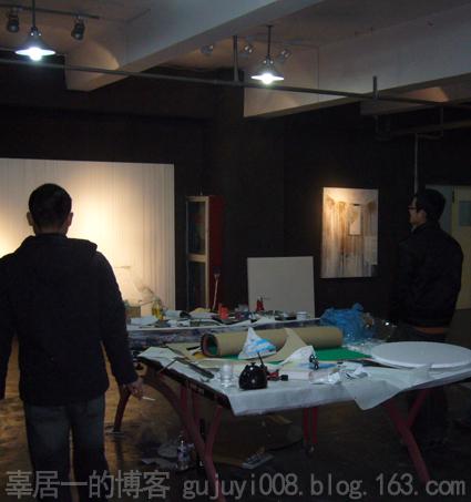 夜访艺术家工作室之三 - 好好阳光 - 辜居一的博客
