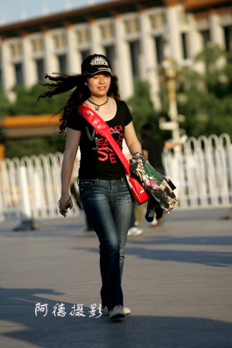 天安门前抓拍 - 阿德 - 图说北京(阿德摄影)BLOG