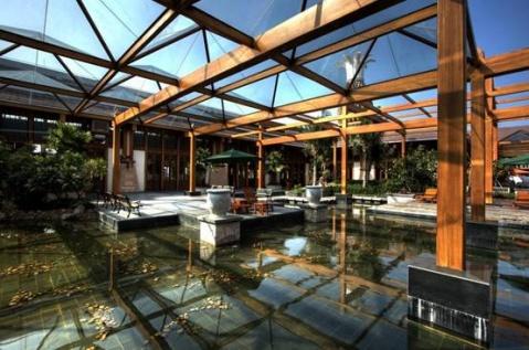 建筑文化特色。。。海南三亚凤凰机场国际候机楼