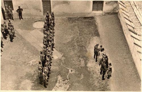 德国纳粹士兵的恶行,连妇女也不放过 - 淑鑫的