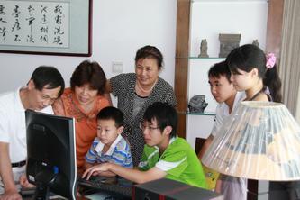 奥运青年营活动引全家兴趣