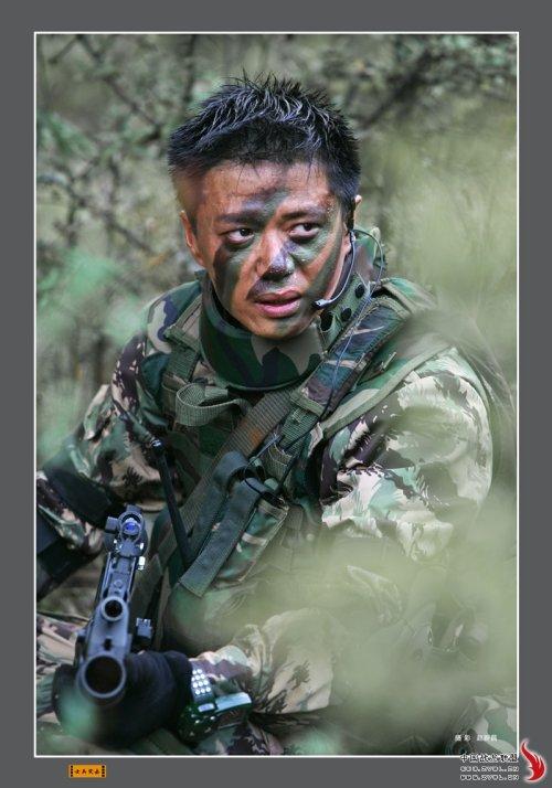 """《士兵突击》:找""""袁朗"""",找回我自己一个粉丝! - 老何东 - 何东老邪"""