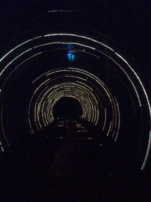 诗词二首——穿越上海滩地下观光隧道有感 - 郭海臣 - 郭海臣—用脚写作