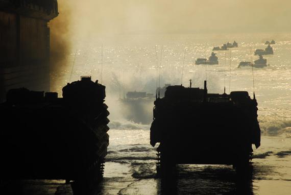资料图:韩国军队进行登陆作战演习