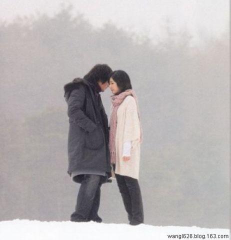 任痛在雪中颤抖原创 - 独倚斜栏 - 晓风干 泪痕残 欲笺心事 独倚斜栏