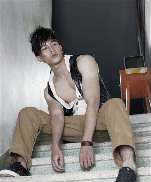 [转载]混血男模的完美---陈潭山