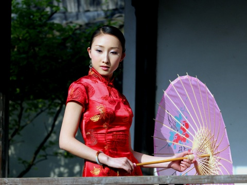 转载中国红旗袍美女