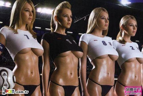 足球美女_美女足球宝贝力挺意大利