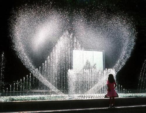 http://album.sina.com.cn/pic/485fe2d543fcfa1594bd6
