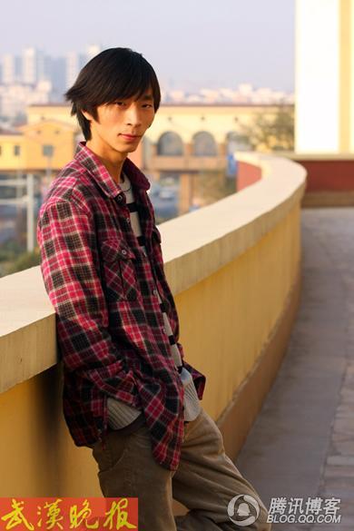 吴怀尧:文坛鱼龙混杂 - ximengwuwenlong - 生当作人杰的博客