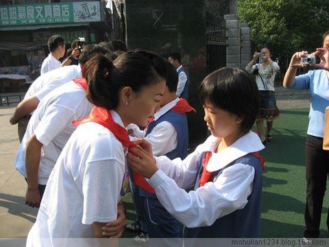 关爱失学女童   - 莫慧兰 - 莫慧兰:在美丽的日子……