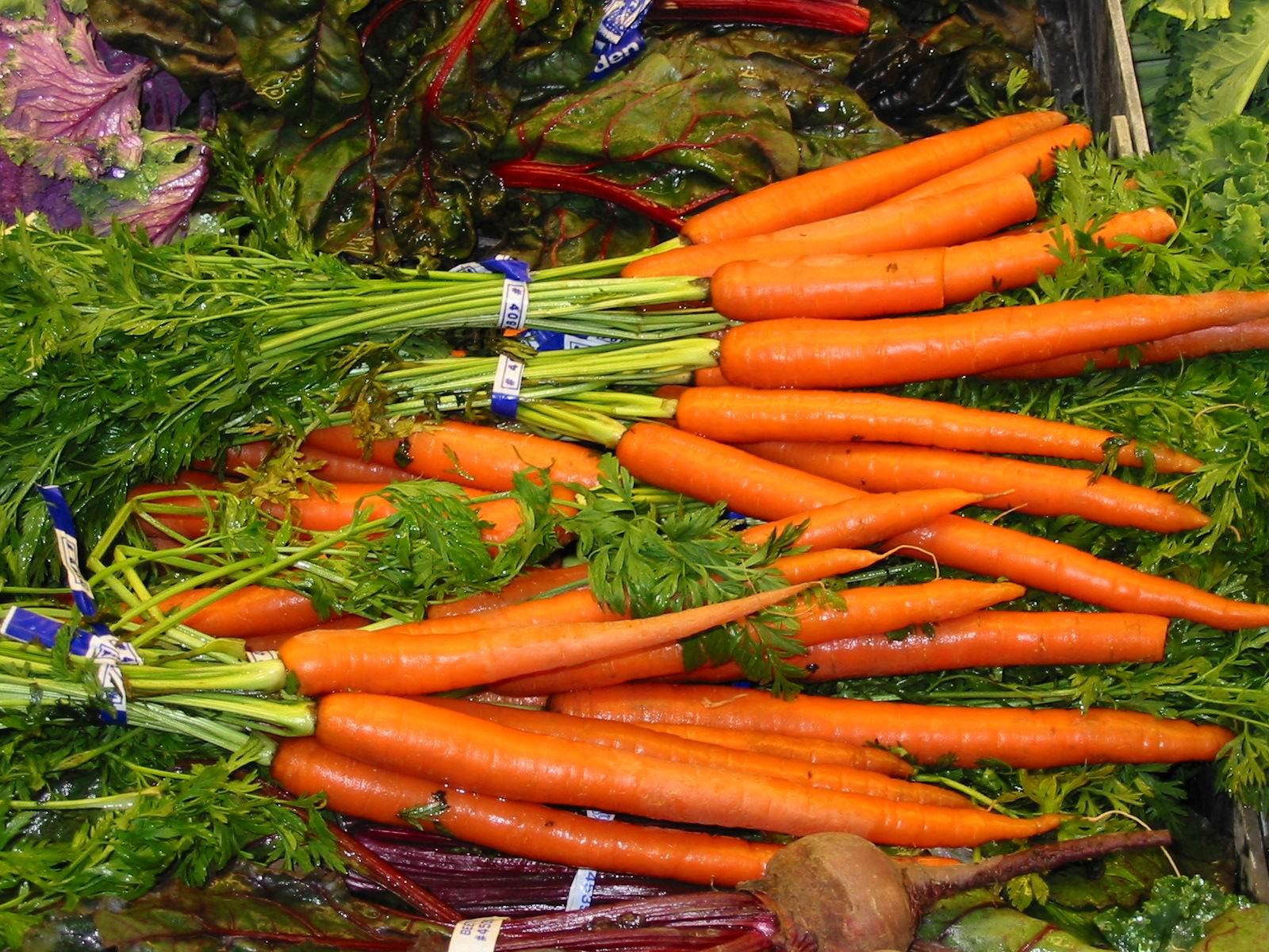 胡萝卜蒸熟吃 竟有7大作用