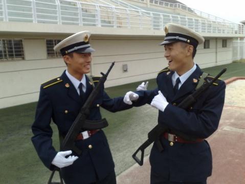 军人相册----海军国防生 - 披着军装的野狼 - 披着军装的野狼
