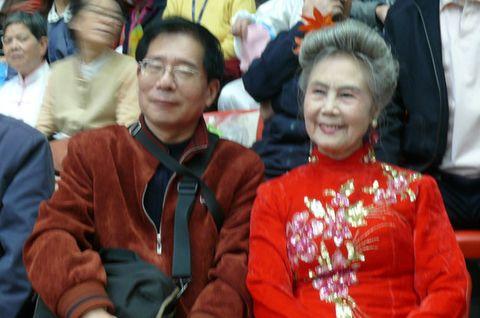【原创】我的同学今年81(2008年11月8日) - 吴山狗崽(huangzz) - 吴山狗崽欢迎您的来访 Wushan