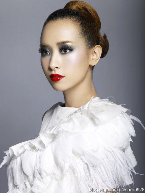 拍摄杂志大片,尝试另类彩妆 - 韩国媚眼天使sara - 韩国媚眼天使sara   博客