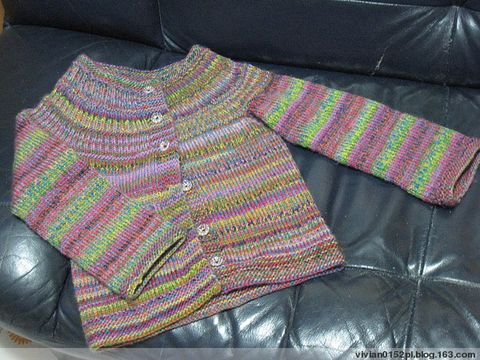 女兒的蜡筆衣 -- 上筆記及原圖(全衣圖來了) - 酷愛編織的猫 - 猫公館