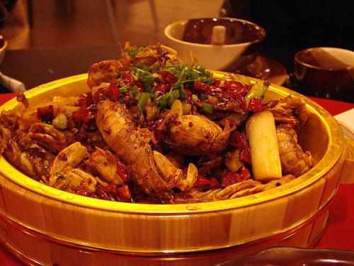 今年上海流行吃爬爬虾来着 - 巫昂 - 巫昂智慧所