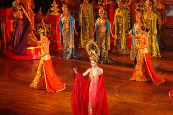 泰国人妖表演 - 为爱而奋斗 - 为爱而奋斗的博客