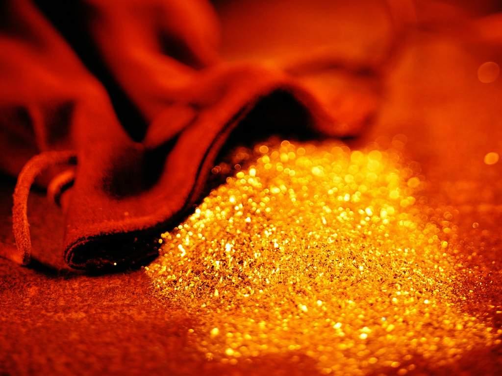 诱人的黄金图片 - 雨星 - 雨星