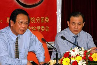 中国应审慎推进农村土地改革