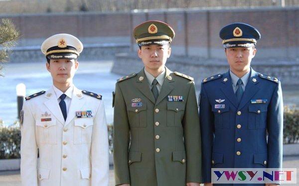 中国人民解放军07式新军服图片