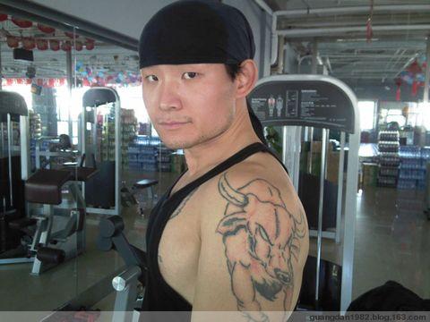 健身者纹身